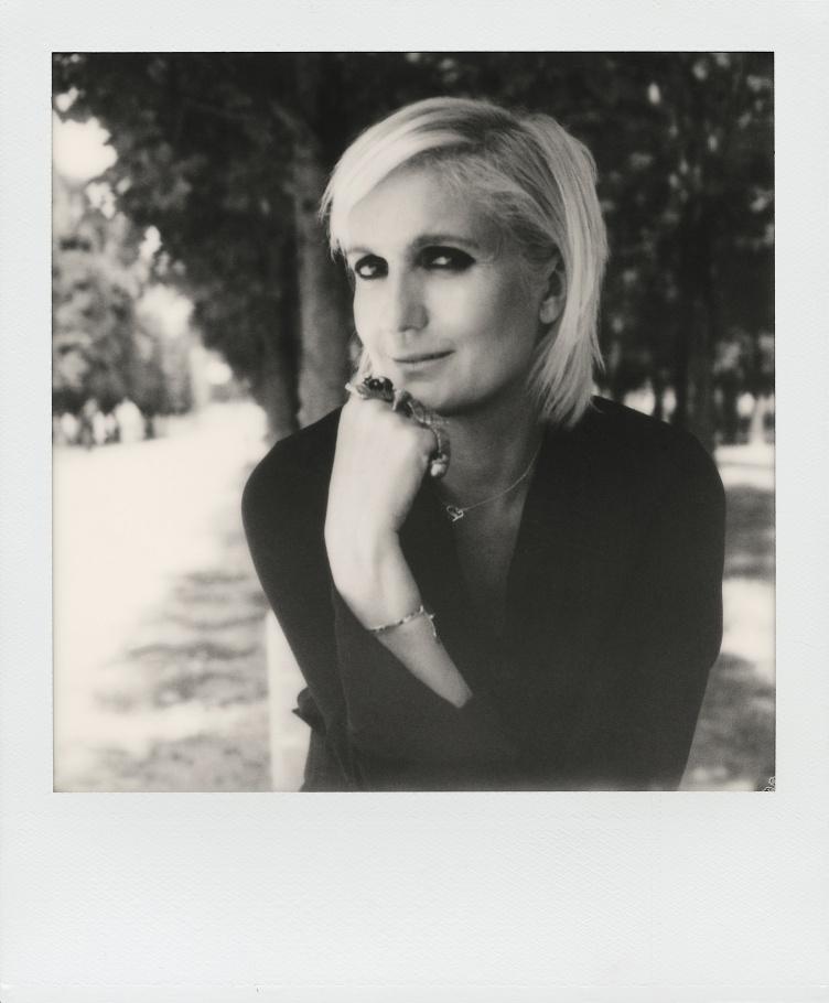 c38023837a Poésie ensorcelante de Maria Grazia Chiuri chez Dior - Les Genevoises
