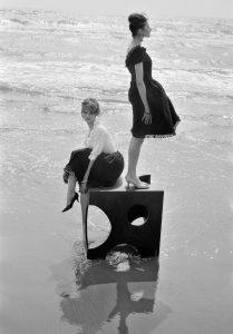 1.Pour Elle, Saintes Marie de la Mer, 1960 - Copyright Peter Knapp